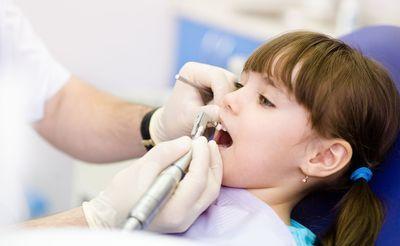 stomatolog dziecięcy poznań